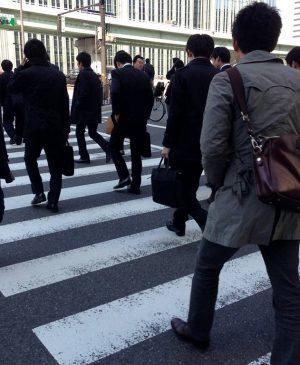 люди в масках Япония