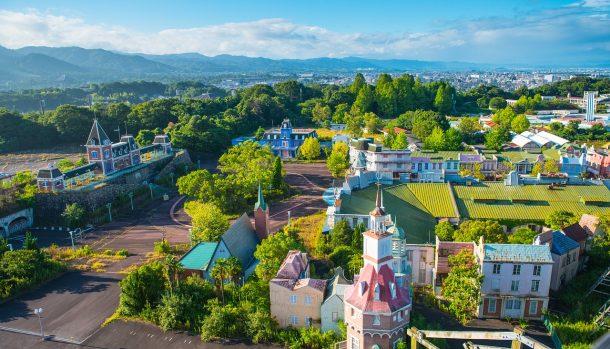 Заброшенный Диснейленд в Японии